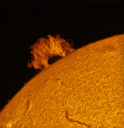 """Sun - Color """"Hole in the Wall""""."""