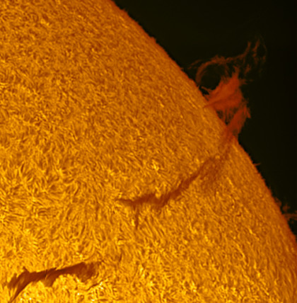 "Sun - ""Filaments"" become ""Prominences"" - Color"